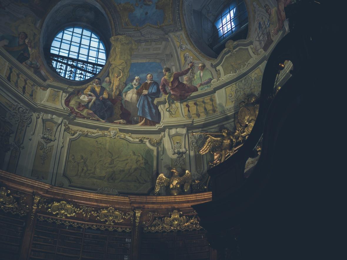 Vienna & Prague 2019-25